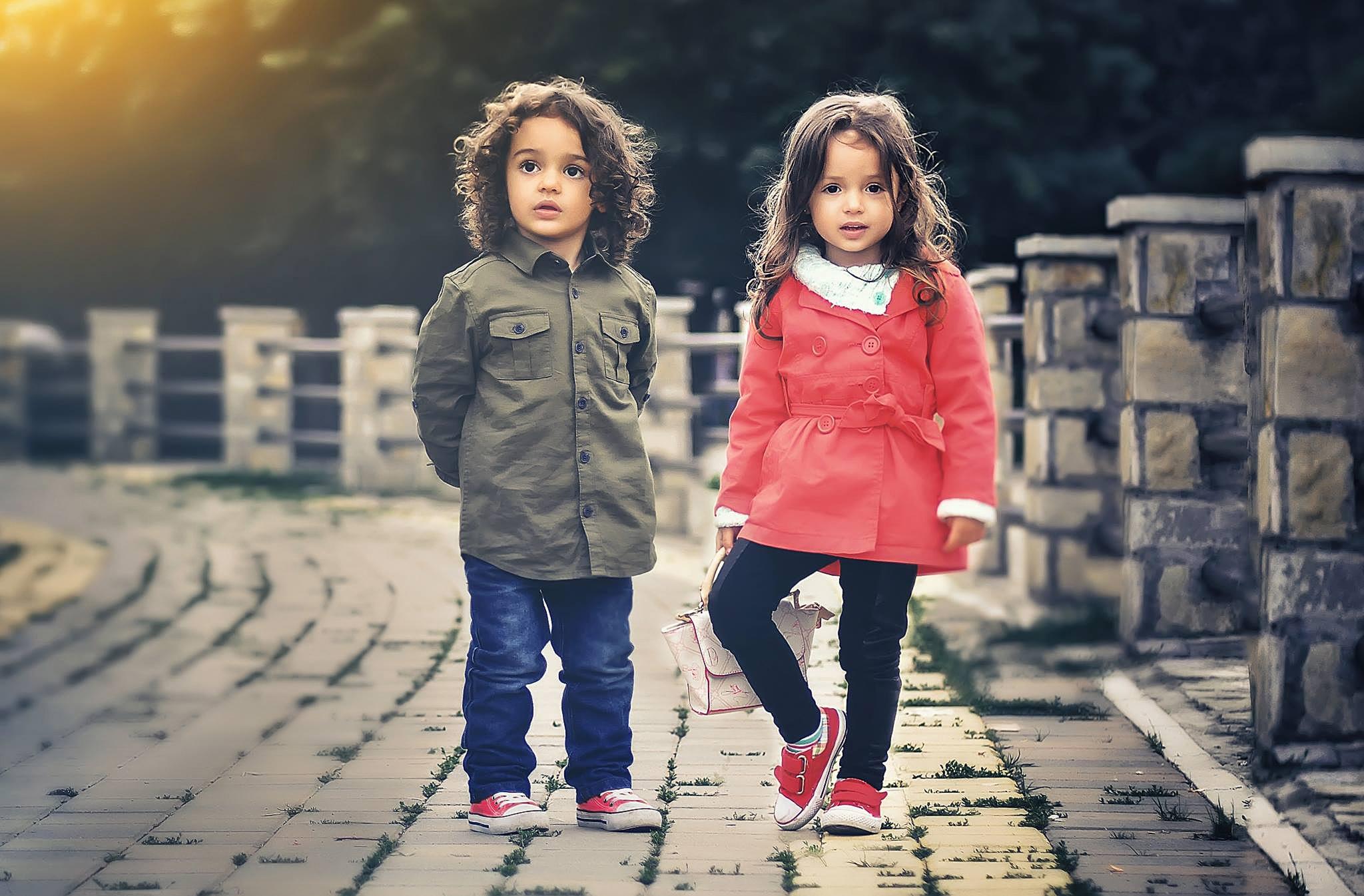 Фото мальчика и девушка, Boy And Girl Love Фото со стоков и изображения 10 фотография